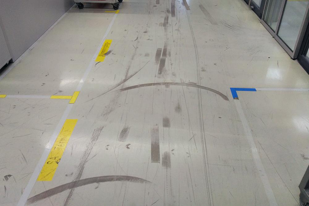 Betonboden Reinigen betonboden grundreinigung gäckle gebäudemanagement fachbetrieb